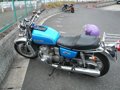 suzuki_750.jpg