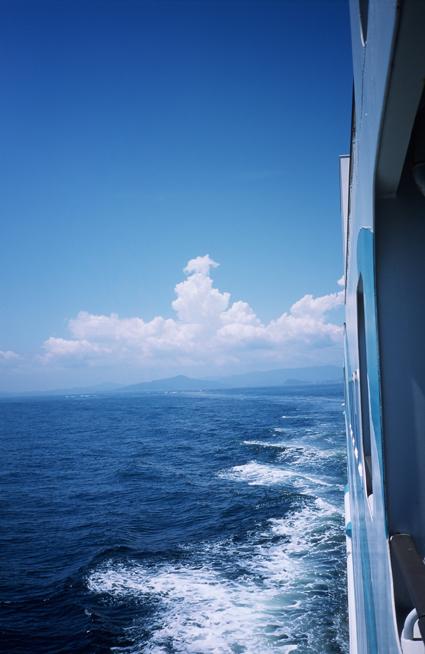 08summer_isewan_ferry2.jpg