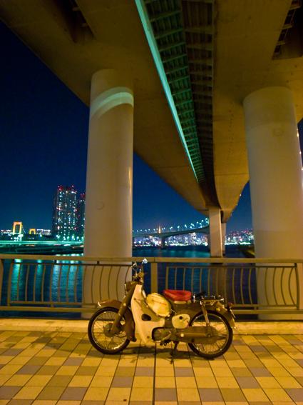 daiba_night_c100_1.jpg
