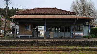 tsurumai_station_haru.jpg